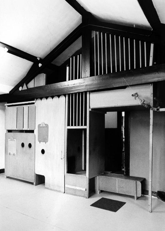 gerrit-van-bakel-speelhuis-neerkant-1977-P158