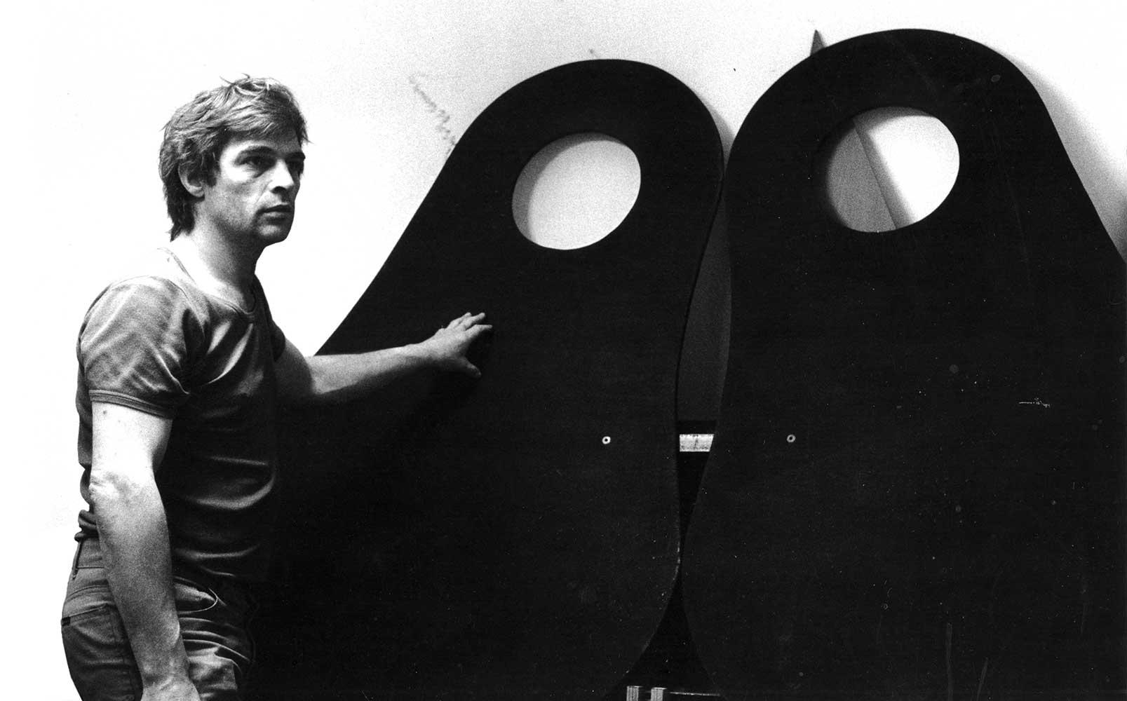 Gerrit-met-bladen-klein-concert-vogeltje-laser-lanz-bulldog-kerkstraat-1979
