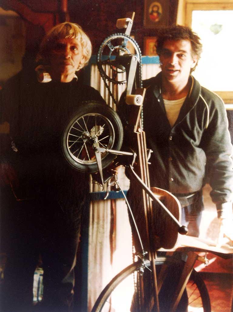Gerrit-van-bakel-Willi-Martinali-ligfiets-1983