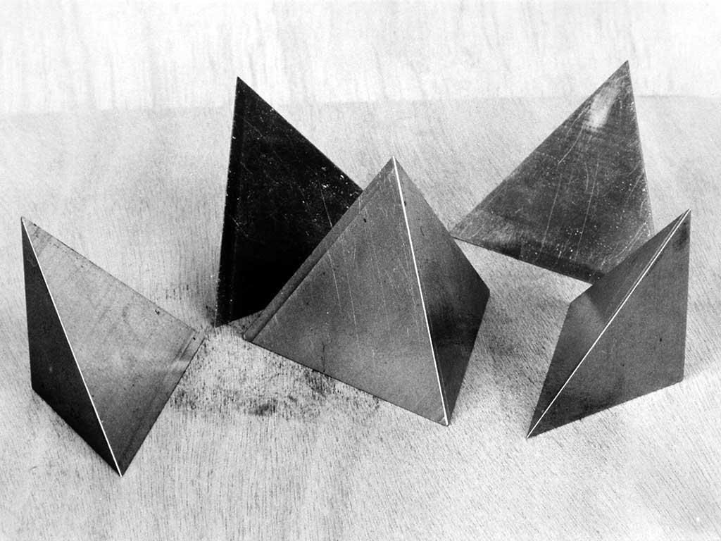 gerrit-van-bakel--kubus-teraeder-kostbaarheid